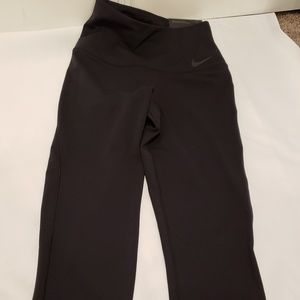 Womens NIKE Legendary Tight Fit